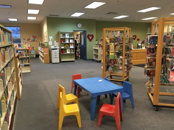 Lake Country Library with childrens table and chairs